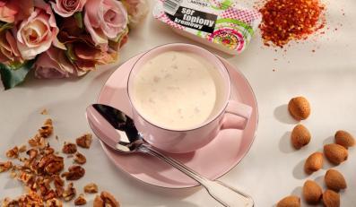 Zupa serowa z szynką i chili