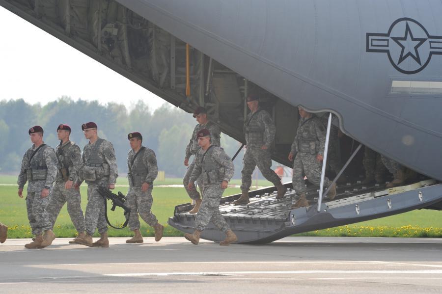 Kompania spadochroniarzy USA przybyła do Polski