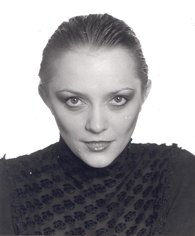 """Małgorzata Ostrowska na zdjęciu z sesji do albumu """"Śmierć dyskotece"""" w 1982 roku (foto z archiwum artystki)"""