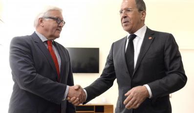 Frank-Walter Steinmeier i Siergiej Ławrow