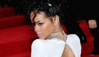 Rihanna nie bierze kasy za fotki z fanami