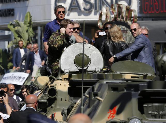 Niezniszczalna ekipa w Cannes: Sylvester Stallone, Mel Gibson, Wesley Snipes, Jason Statham i Harrison Ford