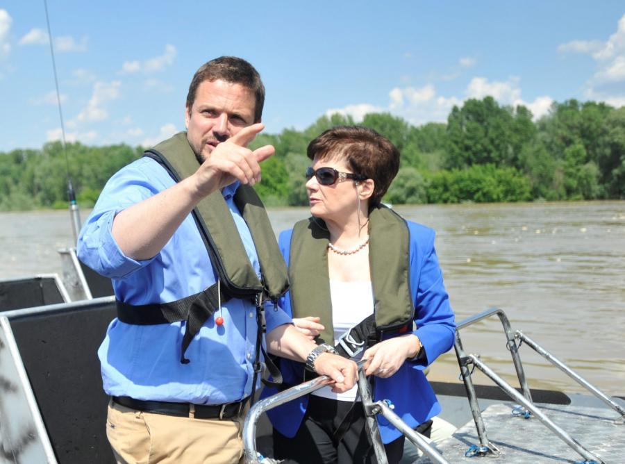 Minister Rafał Trzaskowski i prezydent Warszawy Hanna Gronkiewicz-Waltz