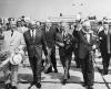 Nikita Chruszczow i Władysław Gomułka na lotnisku Okęcie w Warszawie