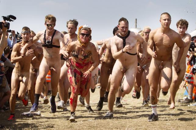 Tradycyjny bieg golasów na Roskilde Festival 2014