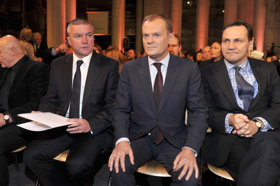 Paweł Graś, Radosław Sikorski, Donald Tusk