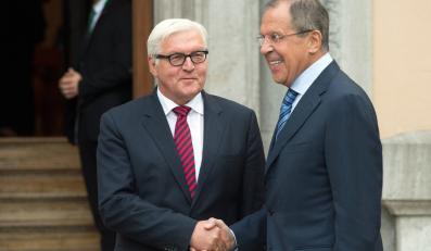Frank - Walter Steinmeier i Siergiej Łarow