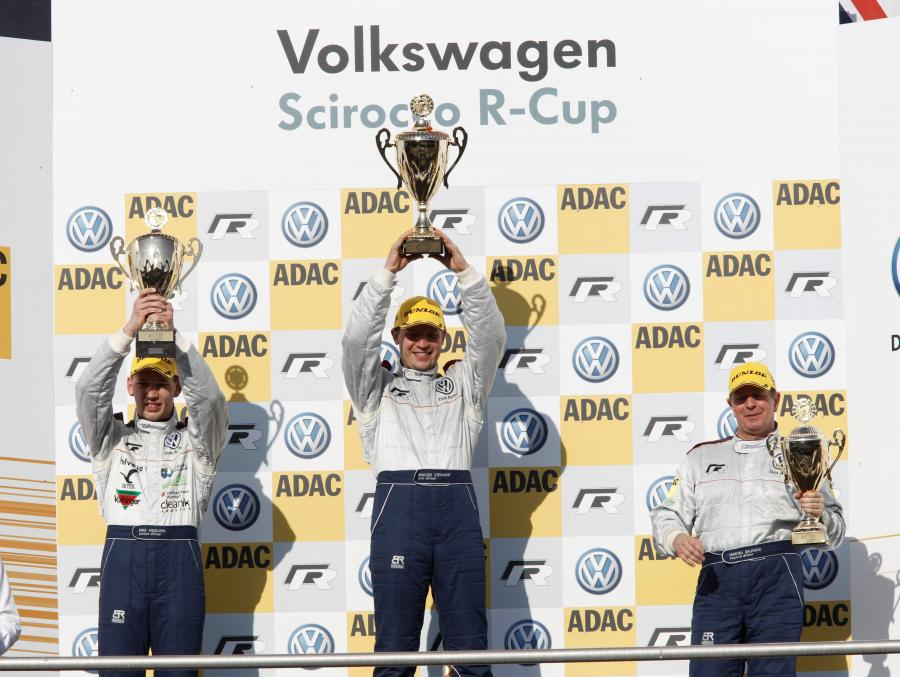 Polak zwycięzcą w wyścigach Scirocco R