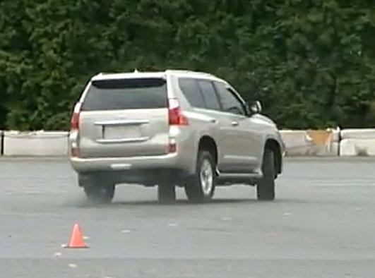 Oto jak Toyota przeprowadza ryzykowne testy