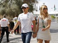"""Szkoda, że ona nie """"bywa""""! Piękna żona Nico Rosberga z F1"""