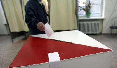 PO zgodzi się na referendum w zamian za euro