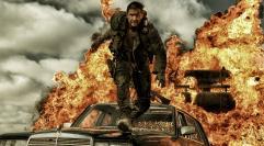 """Tom Hardy mścicielem na pustyni. Najnowszy zwiastun """"Mad Max: Na drodze gniewu"""""""