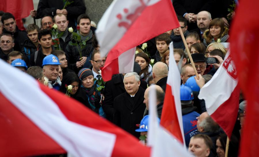Prezes PiS Jarosław Kaczyński wśród uczestników \