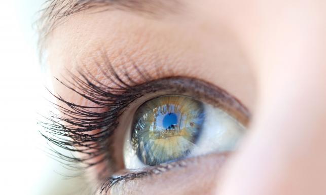 Dieta na zdrowy wzrok. Te produkty wzmocnią oczy