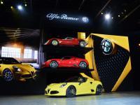 Nowa Alfa Romeo zapiera dech w piersiach! Zobacz zdjęcia 4C spider