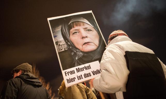 Antyislamskie protesty. Niemcy obawiają się wpływów islamu. ZDJĘCIA