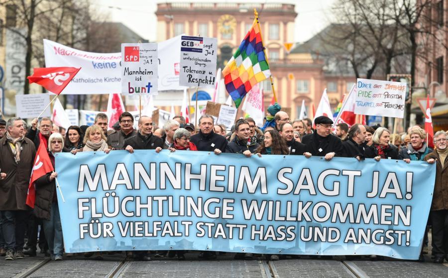 Niemcy za tolerancyjnym społeczństwem - demonstracja w Mannheim