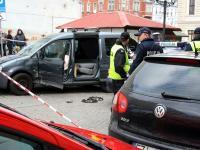 Pościg policji w Świebodzinie. Zdemolowane radiowozy na WIDEO i ZDJĘCIACH