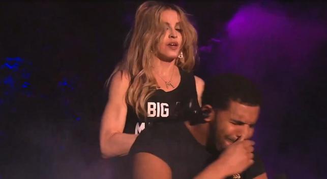 Madonna pocałowała Drake'a