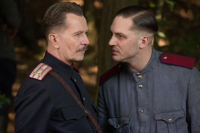 """Gary Oldman i Tom Hardy w filmie """"System"""""""
