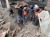 Trzęsienie ziemi w Nepalu. Premier: Liczba ofiar może przekroczyć 10 tys.