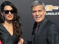 """George Clooney z żoną, Cindy Crawford z dziećmi. Każdy chce zobaczyć """"Krainę jutra"""" [ZDJĘCIA]"""