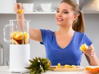 Zrób to sama: 5 soków z owoców i warzyw, które przysłużą się Twojemu ciału