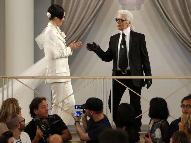 Kendall Jenner i Karl Lagerfeld