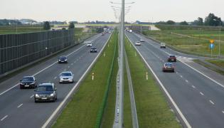 KE: spółka Autostrada Wielkopolska musi zwrócić Polsce 895 mln zł