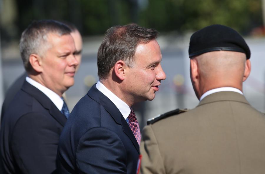 Prezydent Andrzej Duda i wicepremier, minister obrony narodowej Tomasz Siemoniak