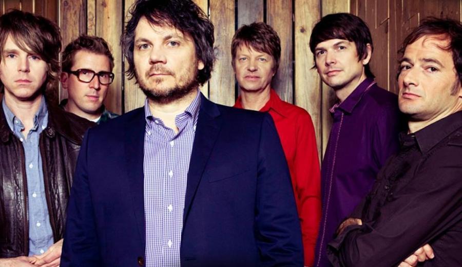 Wilco realizuje swój alternatywny plan z przyjemnością, zaskakując fanów