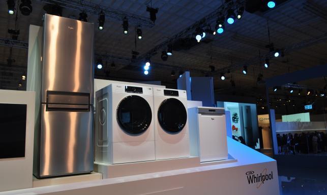 Maszynka do golenia podłączana do smartfona i pralka \