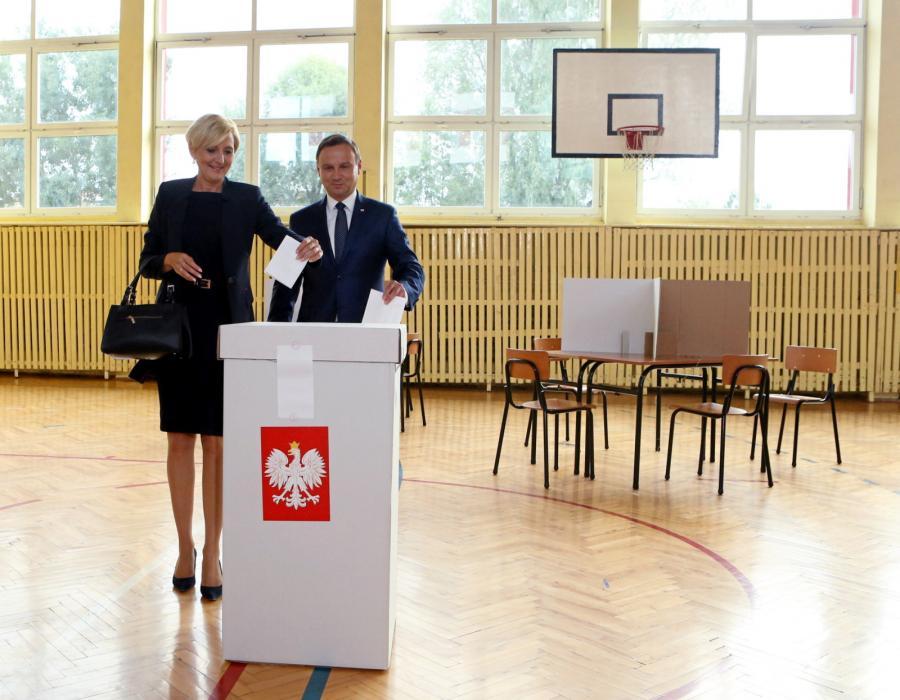 Para prezydencka zagłosowała w referendum
