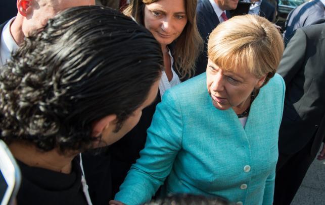 Angela Merkel odwiedziła uchodźców