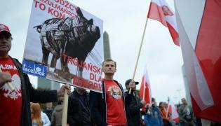 Uczestnicy marszu ONR przeciw imigrantom