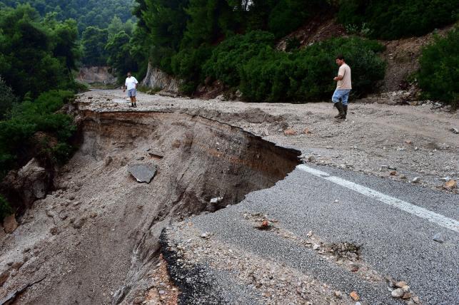Zniszczenia na greckiej wyspie Skopelos