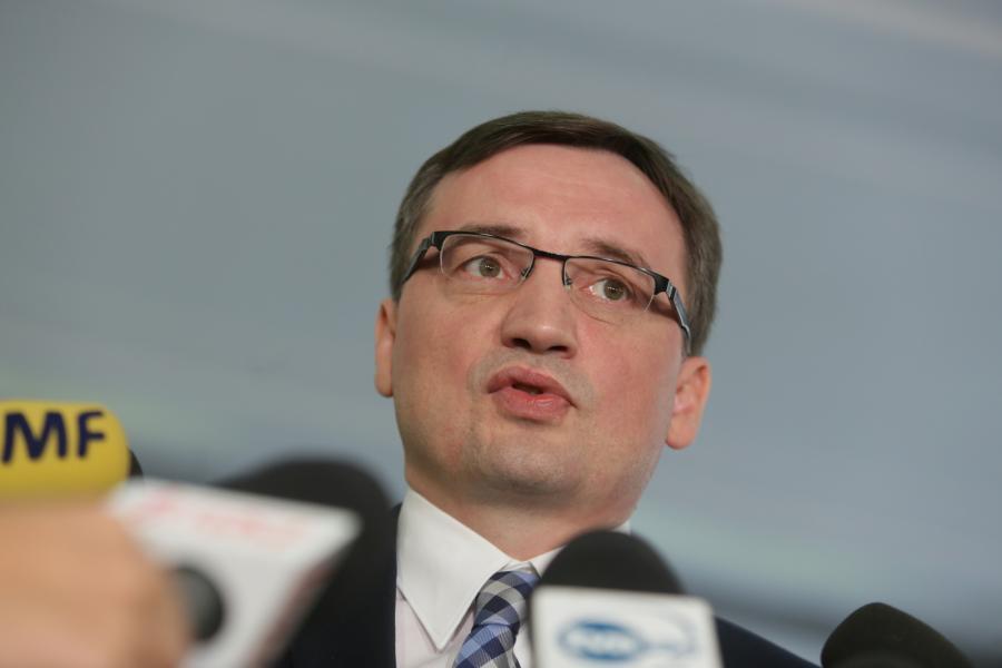 Zbigniew Ziobro na konferencji prasowej, po głosowaniu w jego sprawie w Sejmie