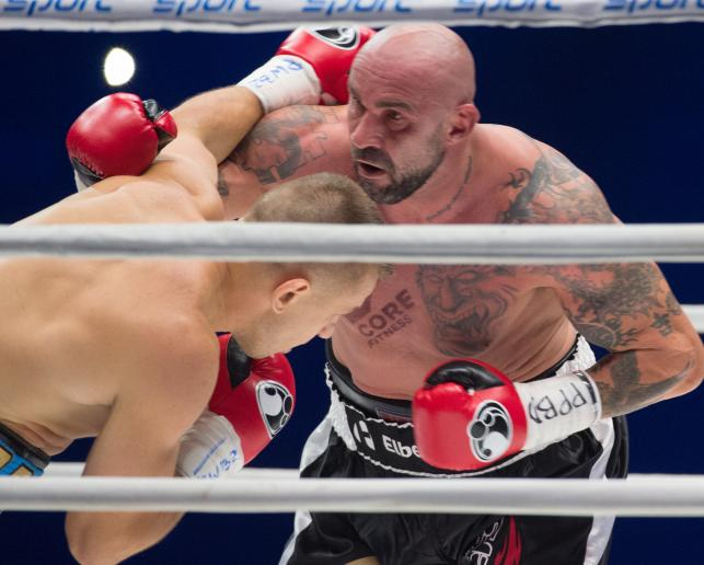 Tomasz Adamek pokonał Przemysława Saletę podczas gali Polsat Boxing Night