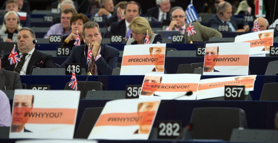 Przeciwnicy Merkel i Hollande\'a w europarlamencie