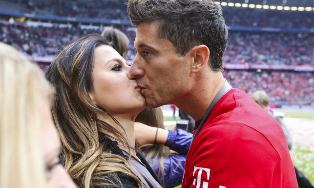 To one będą gwiazdami Euro 2016. Kobiety polskich piłkarzy podbiją Francję. ZDJĘCIA