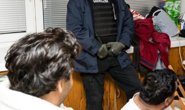 Polska Straż Graniczna rozbiła międzynarodowy gang zajmujący się przemytem ludzi. ZDJĘCIA