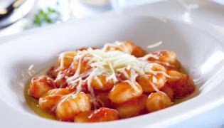Gnocchi z pomidorami