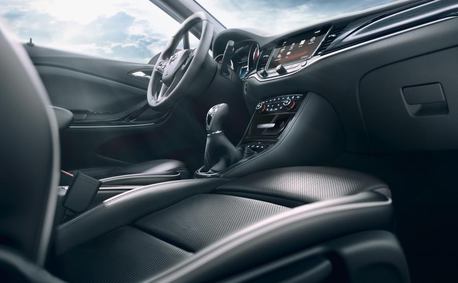 """Który samochód zostanie """"Car of the Year 2016""""?"""