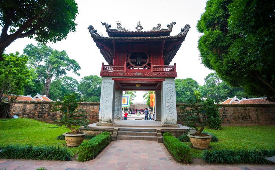 Van Mieu w Wietnamie - świątynia, w której czczą książki?