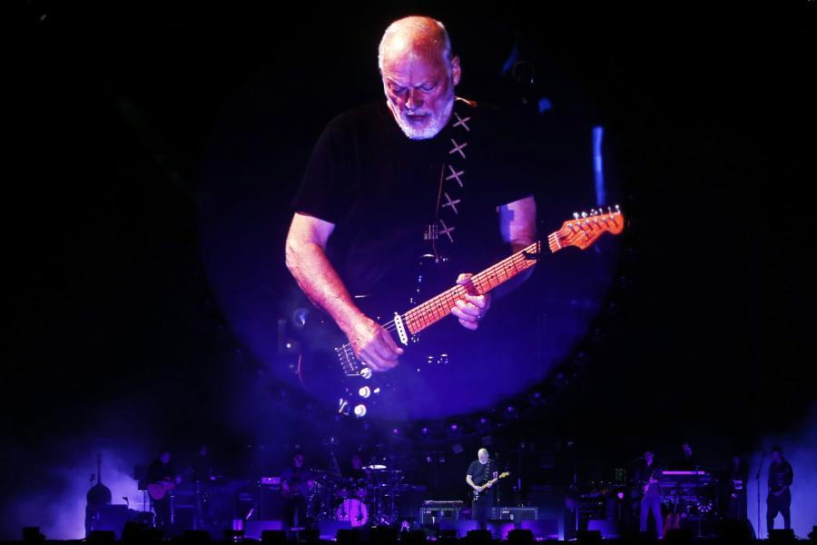 David Gilmour zagra z 30-osobową orkiestrą we Wrocławiu