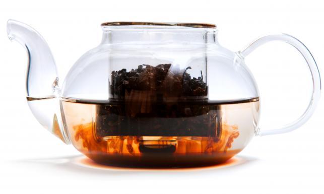 Herbaciane sztuczki. Pięć nietypowych zastosowań herbaty w domu
