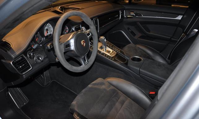 Marcin Gortat sprzedaje samochód. Można porządnie zarobić na tej inwestycji. ZOBACZ ZDJĘCIA