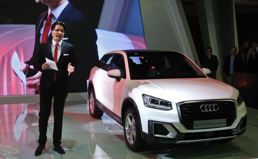 Premierowy pokaz w Polsce najnowszego Audi Q2 prowadzi dyrektor marki Audi Michał Bowsza