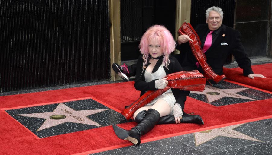 Cyndi Lauper odsłoniła swojągwiazdę w Hollywoodzkiej Alei Sławy