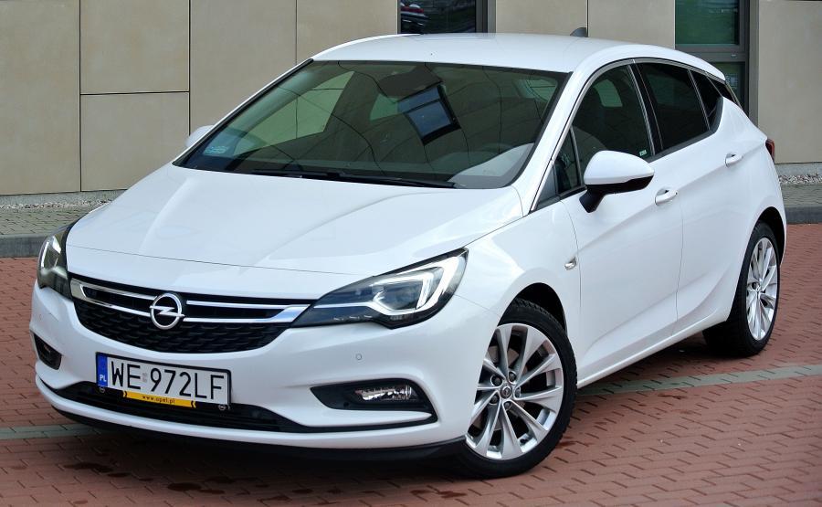 Astra - w maju ten model Opla był najczęściej wybierany przez kierowców indywidualnych